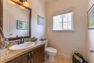 """Photo 8: 17908 71A Avenue in Surrey: Cloverdale BC House for sale in """"Provincton"""" (Cloverdale)  : MLS®# R2374811"""