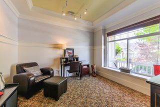 """Photo 7: 17908 71A Avenue in Surrey: Cloverdale BC House for sale in """"Provincton"""" (Cloverdale)  : MLS®# R2374811"""