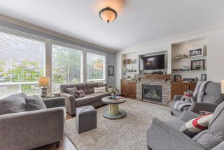 """Photo 2: 17908 71A Avenue in Surrey: Cloverdale BC House for sale in """"Provincton"""" (Cloverdale)  : MLS®# R2374811"""