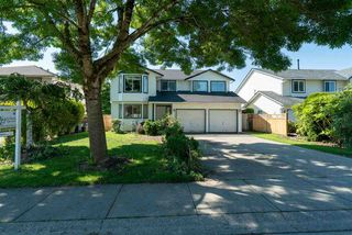 Main Photo: 15738 80A Avenue in Surrey: Fleetwood Tynehead House for sale : MLS®# R2377280