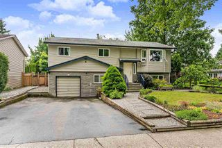 Main Photo: 17078 62 Avenue in Surrey: Cloverdale BC House for sale (Cloverdale)  : MLS®# R2377765