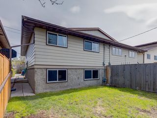 Photo 34: 5135 17 Avenue NW in Calgary: Montgomery Semi Detached for sale : MLS®# C4297411