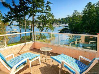 Photo 1: 2351 Sandpiper Close in North Saanich: NS Swartz Bay House for sale : MLS®# 363211