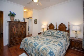 """Photo 13: 405 33338 MAYFAIR Avenue in Abbotsford: Central Abbotsford Condo for sale in """"STERLING"""" : MLS®# R2482290"""