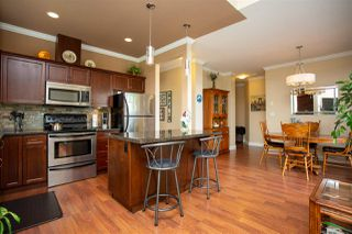 """Photo 5: 405 33338 MAYFAIR Avenue in Abbotsford: Central Abbotsford Condo for sale in """"STERLING"""" : MLS®# R2482290"""