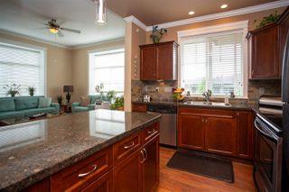 """Photo 17: 405 33338 MAYFAIR Avenue in Abbotsford: Central Abbotsford Condo for sale in """"STERLING"""" : MLS®# R2482290"""