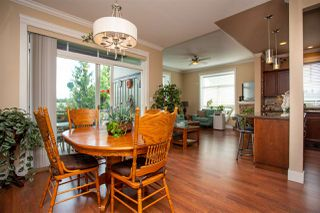 """Photo 10: 405 33338 MAYFAIR Avenue in Abbotsford: Central Abbotsford Condo for sale in """"STERLING"""" : MLS®# R2482290"""