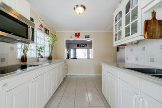 Photo 7: 3582 NAPIER Street in Vancouver: Renfrew VE House for sale (Vancouver East)  : MLS®# R2507014