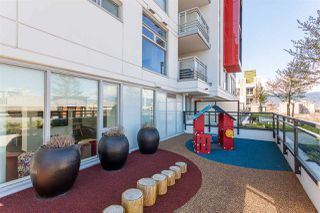 """Photo 25: 1607 188 KEEFER Street in Vancouver: Downtown VE Condo for sale in """"188 Keefer"""" (Vancouver East)  : MLS®# R2526049"""