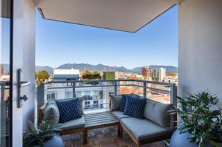 """Photo 11: 1607 188 KEEFER Street in Vancouver: Downtown VE Condo for sale in """"188 Keefer"""" (Vancouver East)  : MLS®# R2526049"""
