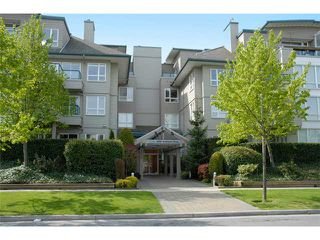 "Photo 1: 126 5800 ANDREWS Road in Richmond: Steveston South Condo for sale in ""THE VILLAS AT SOUTHCOVE"" : MLS®# V874153"