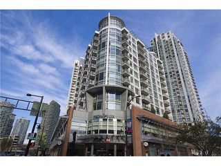 "Photo 1: 801 189 DAVIE Street in Vancouver: False Creek North Condo for sale in ""AQUARIUS III"" (Vancouver West)  : MLS®# V874620"