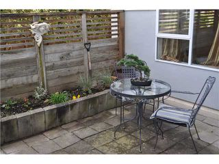 Photo 10: 2 1568 E 22ND Avenue in Vancouver: Knight Townhouse for sale (Vancouver East)  : MLS®# V881761