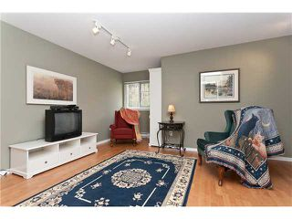 """Photo 8: 6 3405 PLATEAU Boulevard in Coquitlam: Westwood Plateau Townhouse for sale in """"PINNACLE RIDGE"""" : MLS®# V883094"""