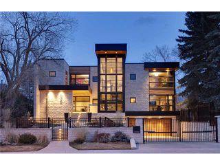 Main Photo: 628 BRITANNIA Drive SW in CALGARY: Elboya House for sale (Calgary)  : MLS®# C3564210