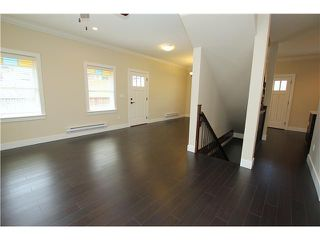 "Photo 17: 5 307 BEGIN Street in Coquitlam: Maillardville Townhouse for sale in ""LAVAL VILLAS"" : MLS®# V1037350"