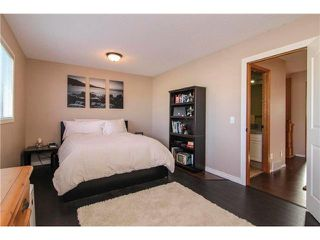 Photo 11: 143 MT DOUGLAS Manor SE in CALGARY: McKenzie Lake Townhouse for sale (Calgary)  : MLS®# C3597581