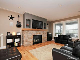 Photo 2: 937 Step Moss Close in VICTORIA: La Happy Valley House for sale (Langford)  : MLS®# 664123