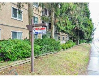 """Photo 20: 204 630 CLARKE Road in Coquitlam: Coquitlam West Condo for sale in """"KING CHARLES COURT"""" : MLS®# V1054989"""