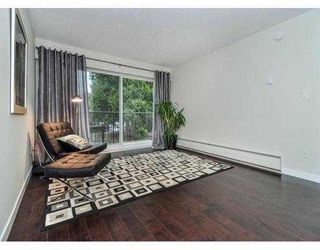 """Photo 3: 204 630 CLARKE Road in Coquitlam: Coquitlam West Condo for sale in """"KING CHARLES COURT"""" : MLS®# V1054989"""