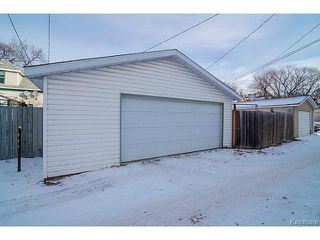 Photo 2: 148 Bannerman Avenue in WINNIPEG: West Kildonan / Garden City Residential for sale (North West Winnipeg)  : MLS®# 1428291