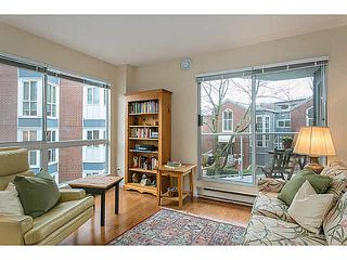"Photo 1: 201 1508 MARINER Walk in Vancouver: False Creek Condo for sale in ""MARINER'S POINT"" (Vancouver West)  : MLS®# V1105308"