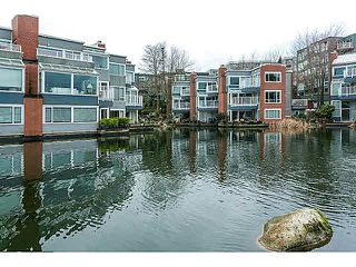 "Photo 13: 201 1508 MARINER Walk in Vancouver: False Creek Condo for sale in ""MARINER'S POINT"" (Vancouver West)  : MLS®# V1105308"