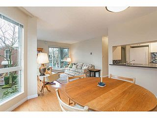 "Photo 3: 201 1508 MARINER Walk in Vancouver: False Creek Condo for sale in ""MARINER'S POINT"" (Vancouver West)  : MLS®# V1105308"