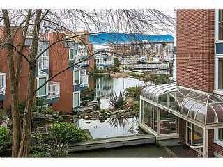 "Photo 11: 201 1508 MARINER Walk in Vancouver: False Creek Condo for sale in ""MARINER'S POINT"" (Vancouver West)  : MLS®# V1105308"