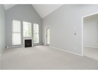 "Photo 4: 404 1200 EASTWOOD Street in Coquitlam: North Coquitlam Condo for sale in ""LAKESIDE TERRACE"" : MLS®# V1123537"