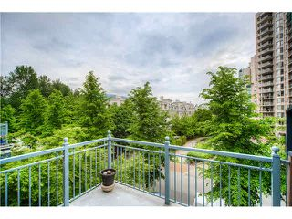 "Photo 6: 404 1200 EASTWOOD Street in Coquitlam: North Coquitlam Condo for sale in ""LAKESIDE TERRACE"" : MLS®# V1123537"