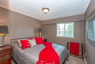 Photo 11: 695 COLINET Street in Coquitlam: Central Coquitlam House for sale : MLS®# R2005341