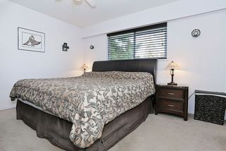 "Photo 10: 5959 ANGUS Place in Surrey: Cloverdale BC House for sale in ""CLOVERDALE"" (Cloverdale)  : MLS®# R2012672"