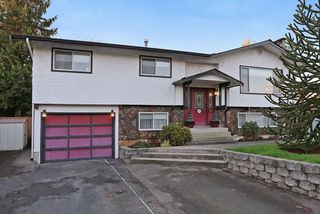 "Photo 1: 5959 ANGUS Place in Surrey: Cloverdale BC House for sale in ""CLOVERDALE"" (Cloverdale)  : MLS®# R2012672"