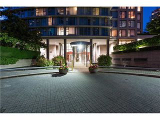 "Photo 2: 508 1009 EXPO Boulevard in Vancouver: Yaletown Condo for sale in ""Landmark 33"" (Vancouver West)  : MLS®# R2022624"