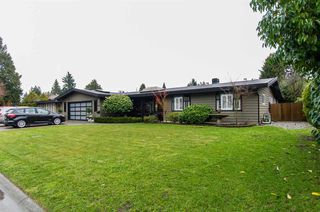 "Main Photo: 5024 ERIN Way in Delta: Pebble Hill House for sale in ""PEBBLE HILL"" (Tsawwassen)  : MLS®# R2023865"