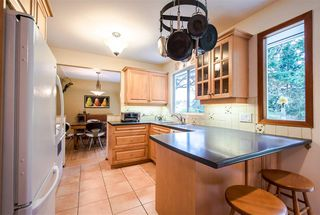 Photo 9: 1098 164 Street in Surrey: King George Corridor House for sale (South Surrey White Rock)  : MLS®# R2033134