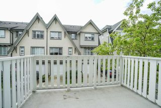 "Photo 16: 30 15871 85 Avenue in Surrey: Fleetwood Tynehead Townhouse for sale in ""HUCKE BERRY"" : MLS®# R2055937"