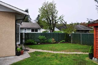 Photo 19: 835 ESSEX Avenue in Port Coquitlam: Lincoln Park PQ House Duplex for sale : MLS®# R2058872