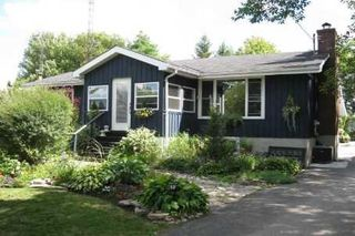 Photo 1: 52 Robinson Avenue in Kawartha Lakes: Rural Eldon House (Bungalow) for sale : MLS®# X3472144