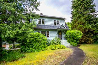 Photo 2: 5037 COLLINGWOOD Street in Vancouver: Dunbar House for sale (Vancouver West)  : MLS®# R2082316