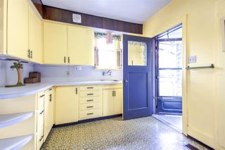 Photo 10: 5037 COLLINGWOOD Street in Vancouver: Dunbar House for sale (Vancouver West)  : MLS®# R2082316