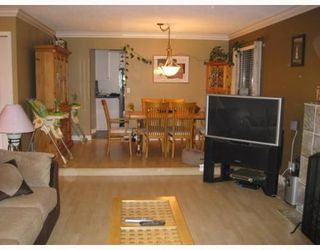 Photo 3: 3253 SAMUELS Court: New Horizons Home for sale ()  : MLS®# V751614