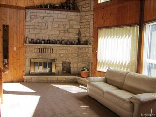 Photo 3: 7 Mirey Creek Drive North in Lockport: Residential for sale : MLS®# 1619874