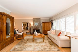Photo 5: 4235 MT SEYMOUR Parkway in North Vancouver: Dollarton House for sale : MLS®# R2105577