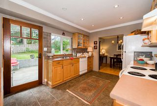 Photo 3: 4235 MT SEYMOUR Parkway in North Vancouver: Dollarton House for sale : MLS®# R2105577