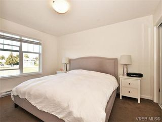 Photo 11: 9 3356 Whittier Ave in VICTORIA: SW Rudd Park Row/Townhouse for sale (Saanich West)  : MLS®# 742950