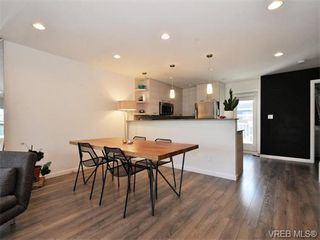 Photo 7: 9 3356 Whittier Ave in VICTORIA: SW Rudd Park Row/Townhouse for sale (Saanich West)  : MLS®# 742950