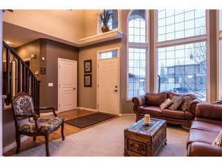 Photo 4: 75 WESTRIDGE Crescent SW in Calgary: West Springs House for sale : MLS®# C4093123