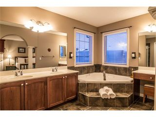 Photo 28: 75 WESTRIDGE Crescent SW in Calgary: West Springs House for sale : MLS®# C4093123